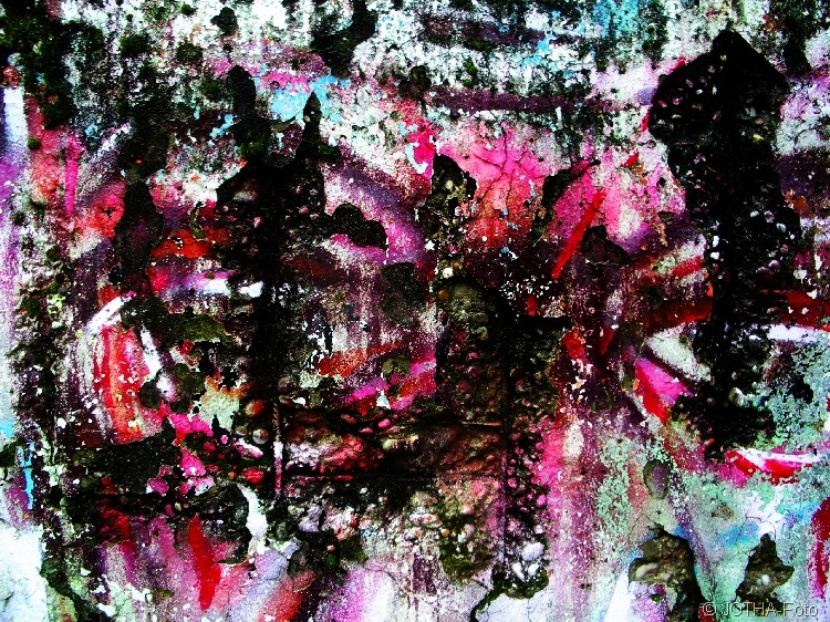 Farbe auf Wand 01