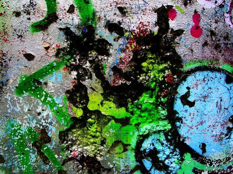 Farbe auf Wand 02