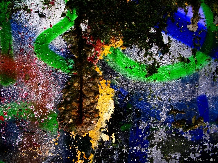 Farbe auf Wand 05
