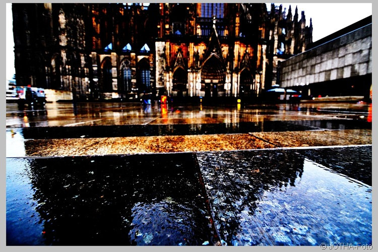 Regen vorm Dom