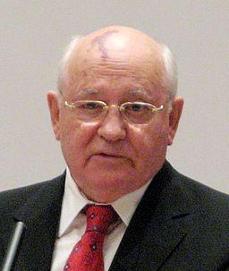 12_256px-Gorbatschow_DR-Forum_256