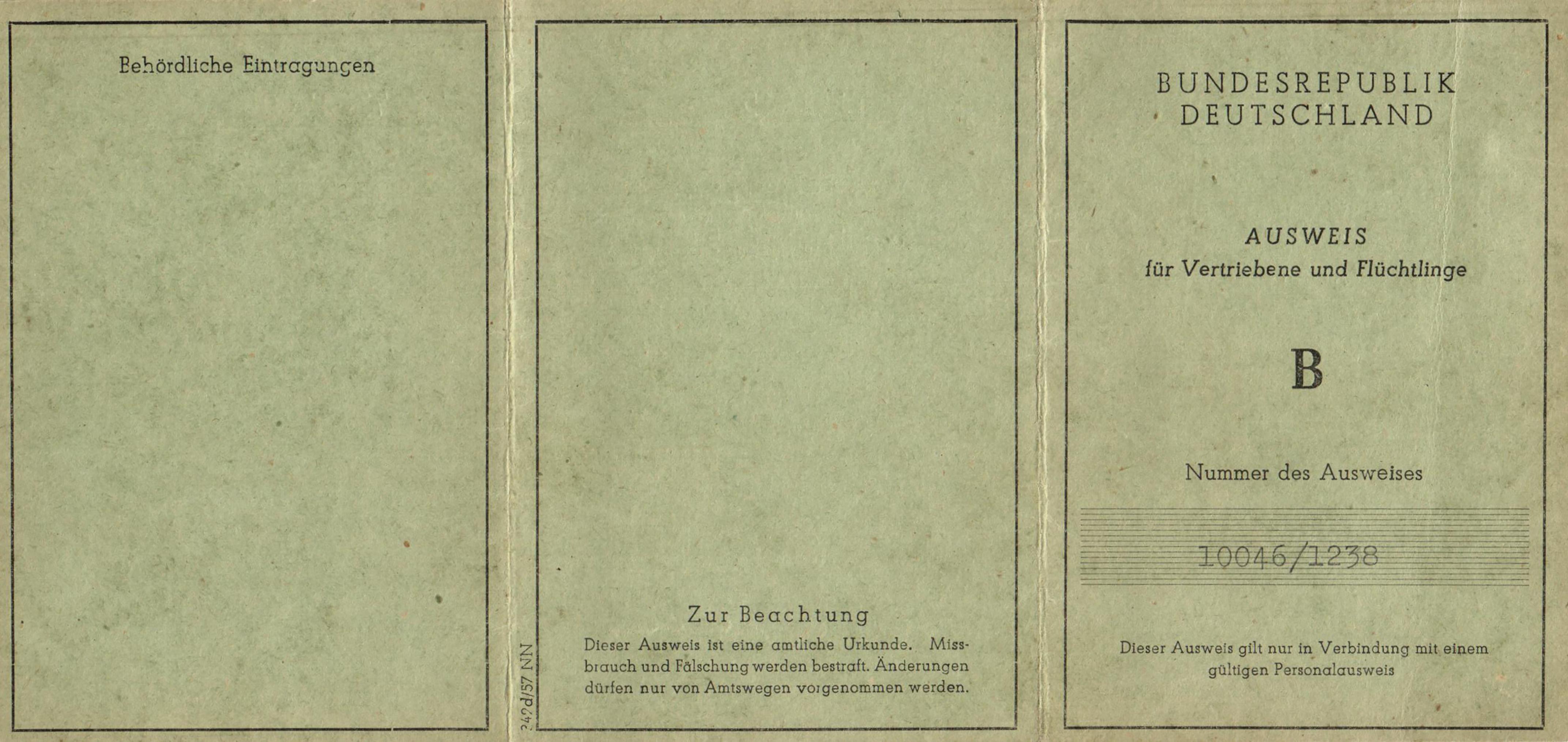 Flüchtlingsausweis 1945