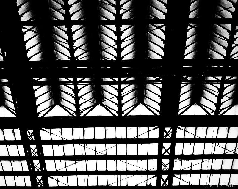 BahnhofKln_thumb.jpg