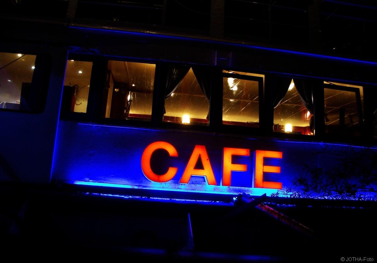 Cafe_thumb.jpg