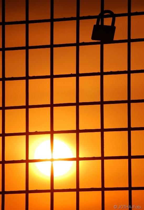 SonnenuntergangamSchlo_thumb.jpg