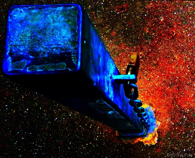 Spaceship_thumb.jpg