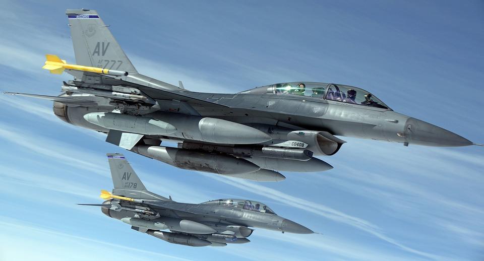 115_pixabay military-jets-1109093_960_720