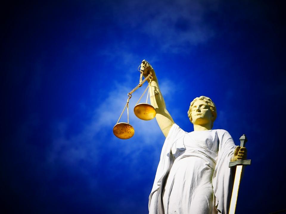 1_pixabay justice-2071539_960_720