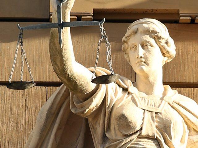Widerstands- und Arbeitsverweigerungsrecht in Zeiten politisch-medialer Verwahrlosung (Wann wird das Widerstands-Recht zu einer Pflicht?)