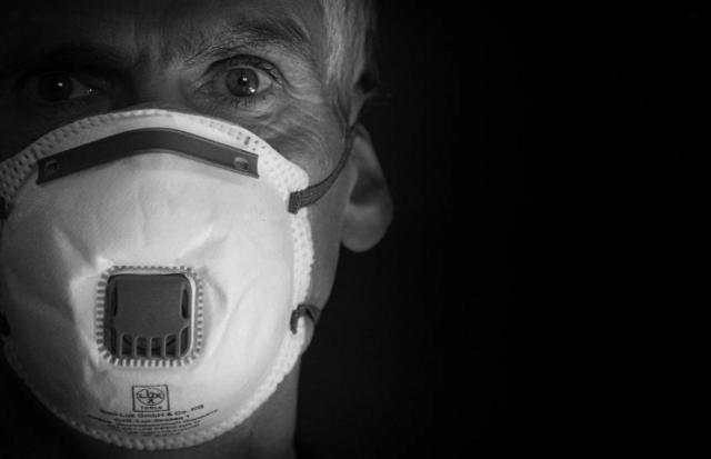Ziviler Widerstand gegen Maskentragungspflicht und Entmündigung